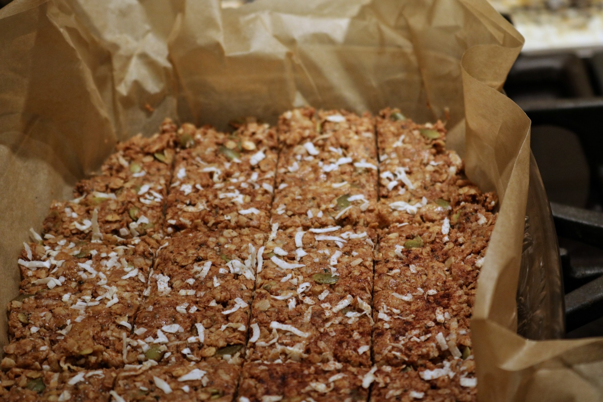 Recipe: How to Make Homemade No Bake Granola Bars + My Favorite Recipe
